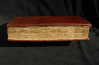 Fore-edge