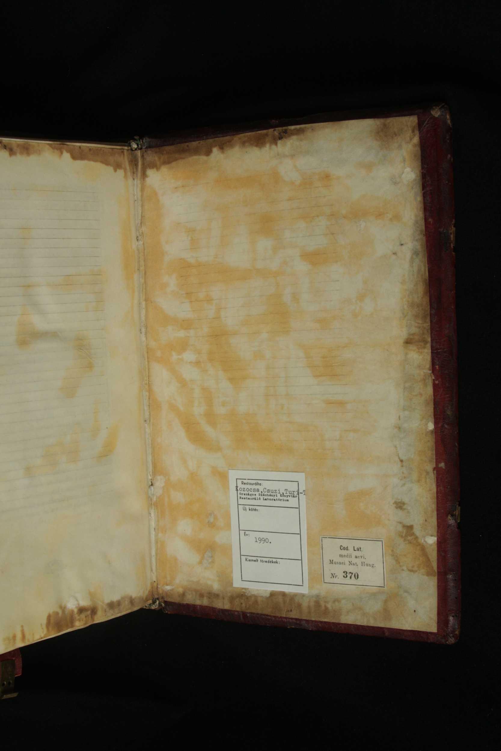 A háttáblára kiragasztott utolsó pergamenlap